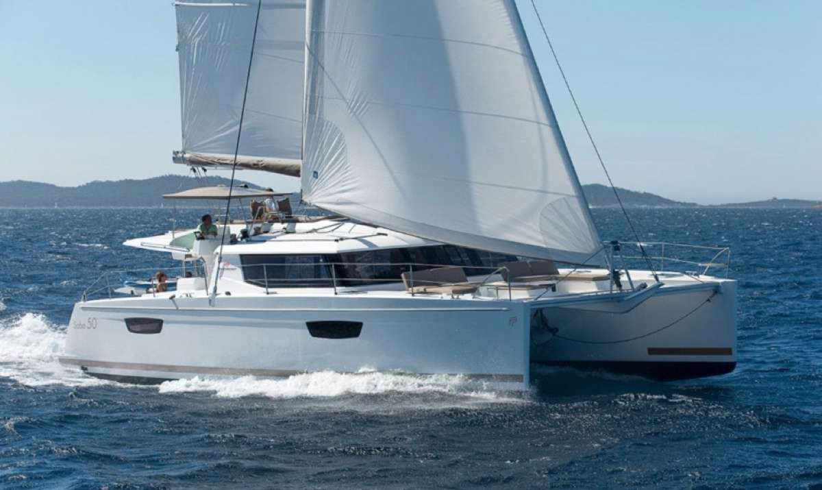 Sol Mate Yacht Charter - Ritzy Charters