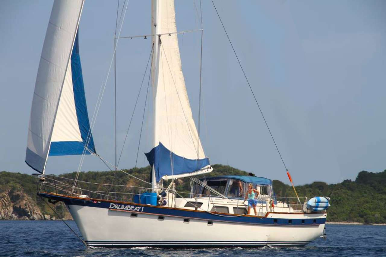 DRUMBEAT 1 Yacht Charter - Ritzy Charters