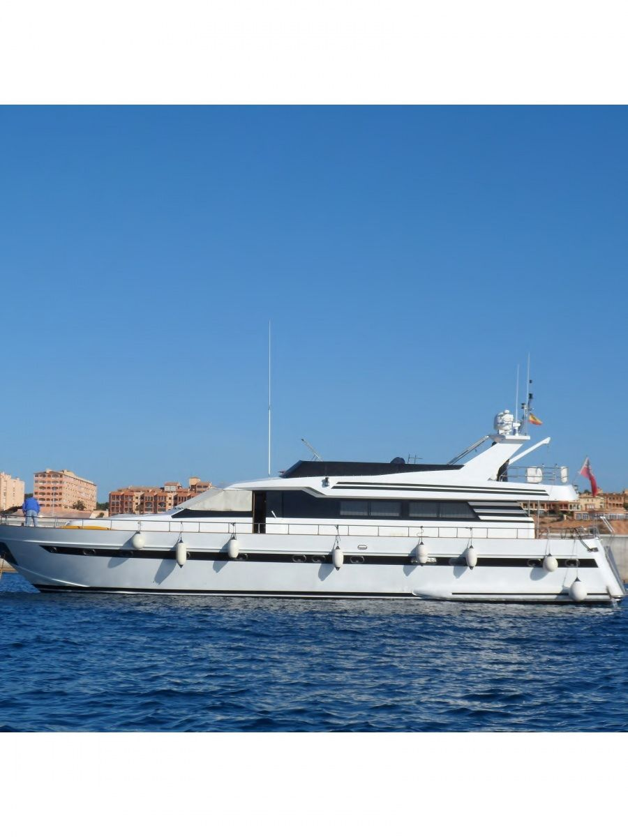 LADY TATIANA OF LONDON Yacht Charter - Ritzy Charters
