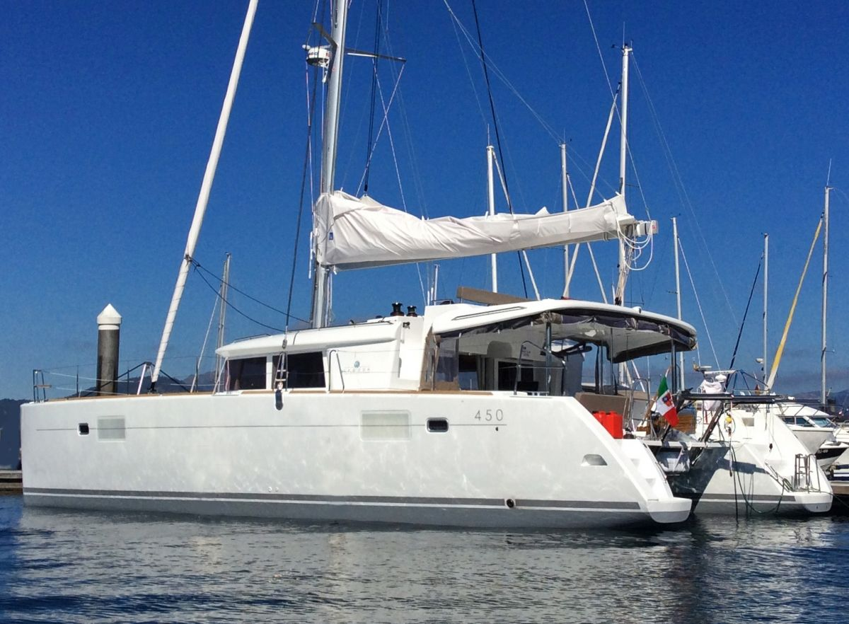 DELICIA Yacht Charter - Ritzy Charters