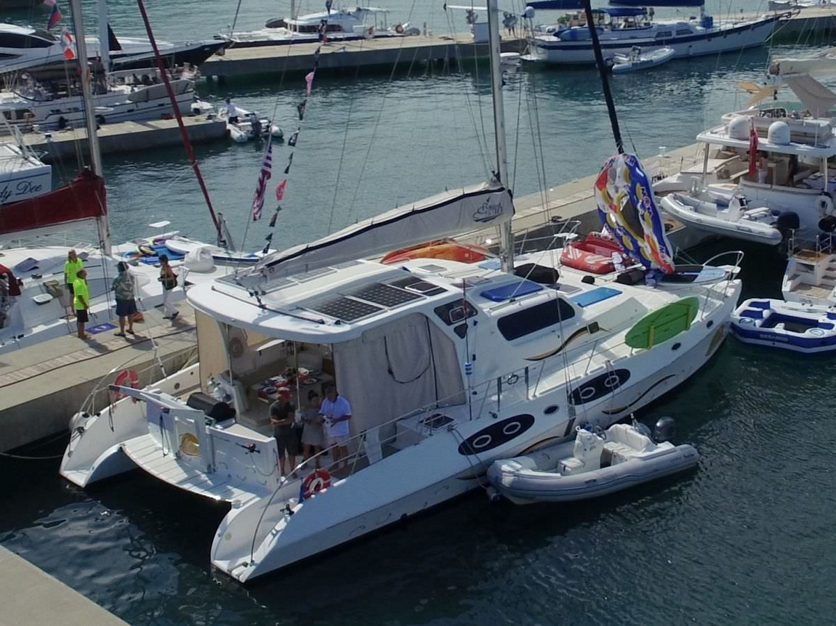 MANNA Yacht Charter - Ritzy Charters