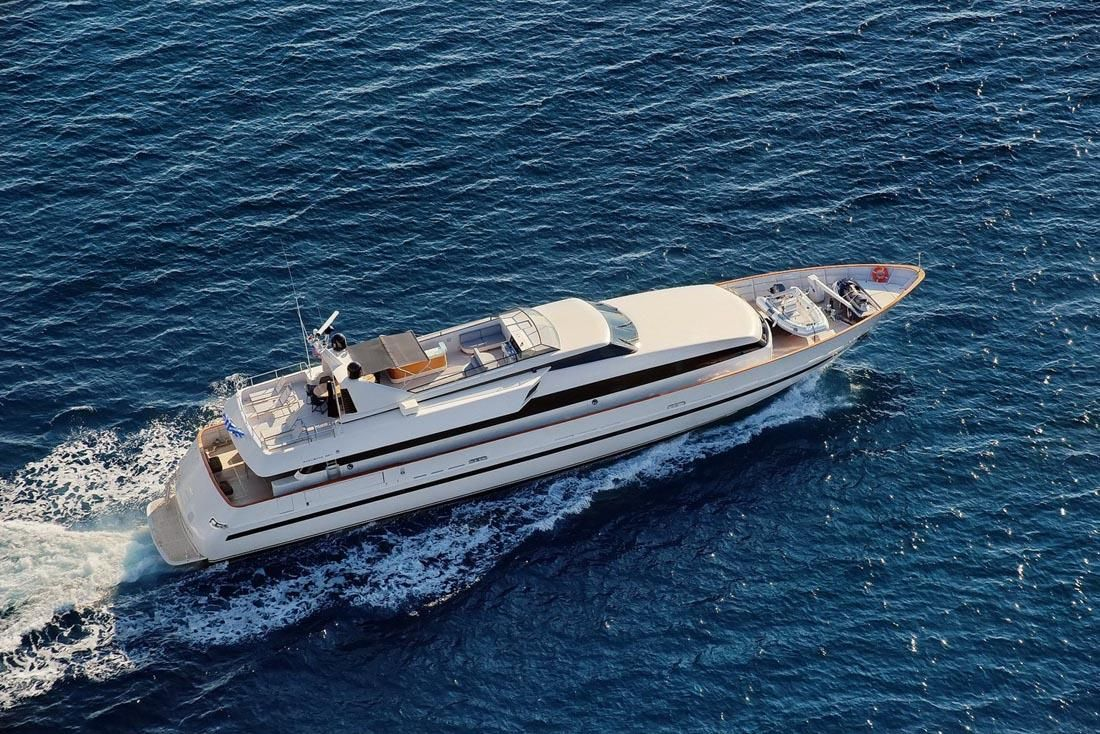 OBSESION 120 Yacht Charter - Ritzy Charters