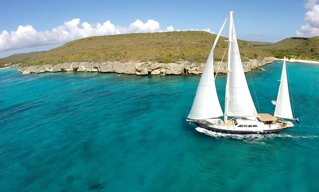 DOMICIL Yacht Charter - Ritzy Charters