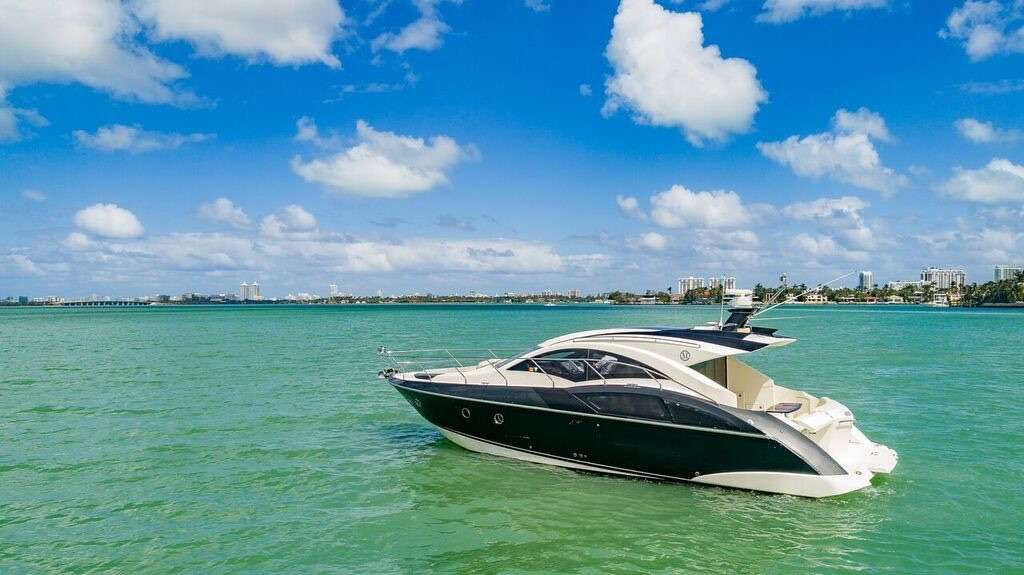43' Marquis Yacht Charter - Ritzy Charters