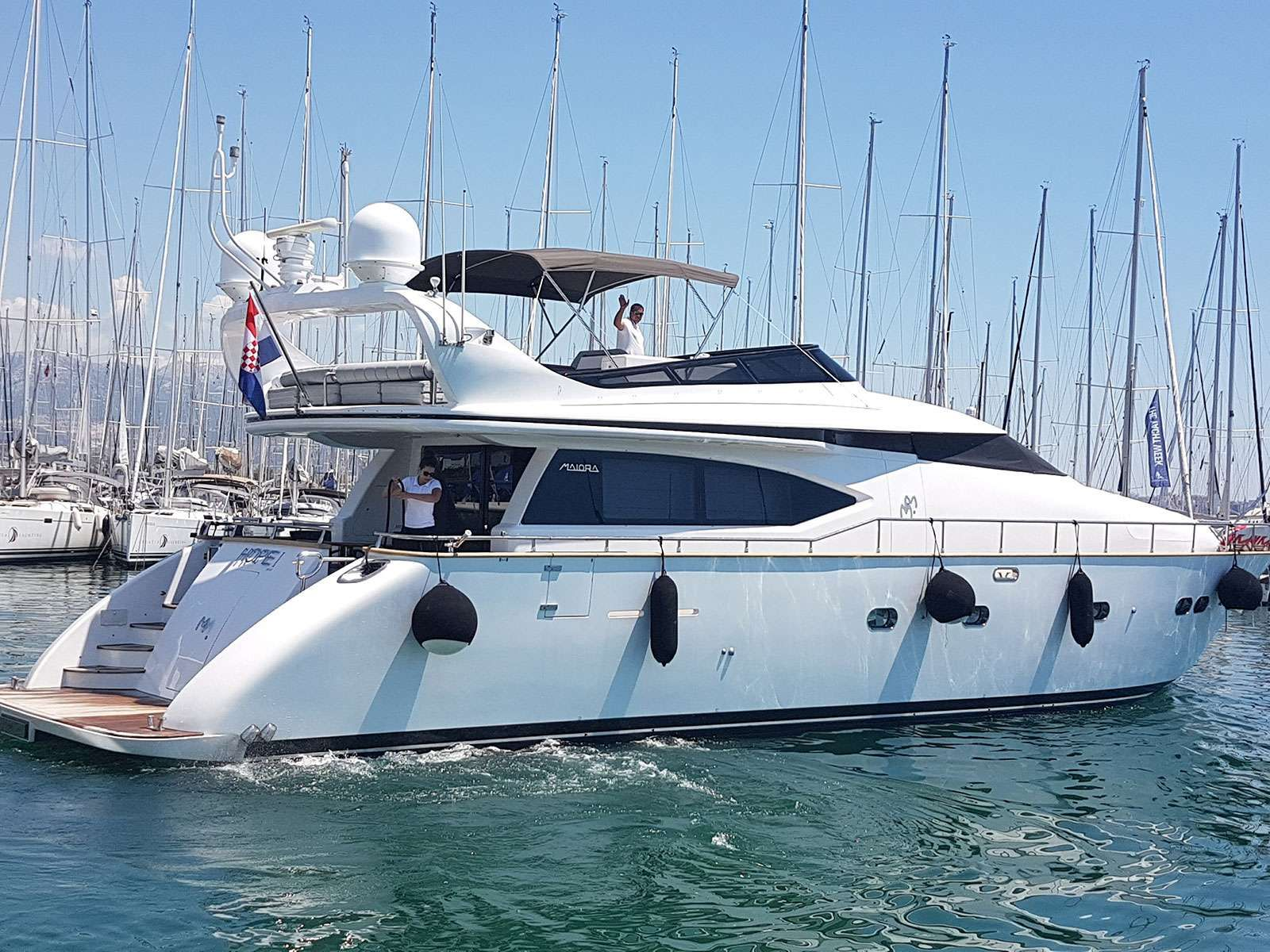 HOPE I Yacht Charter - Ritzy Charters