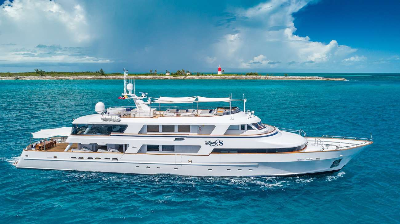 LADY S Yacht Charter - Ritzy Charters