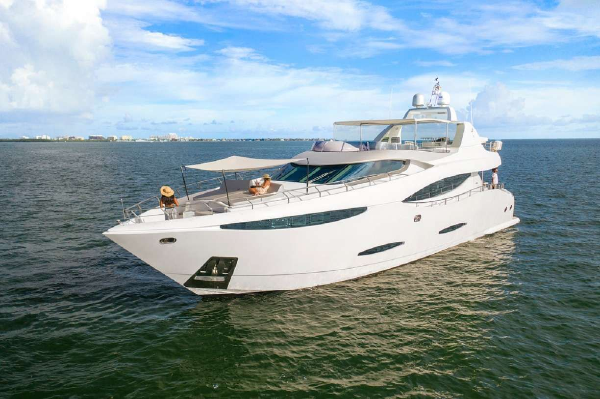 90' Custom Build Yacht Charter - Ritzy Charters
