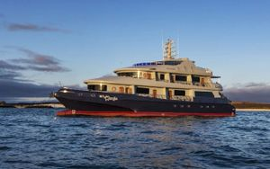 Yacht Charter CAMILA | Ritzy Charters