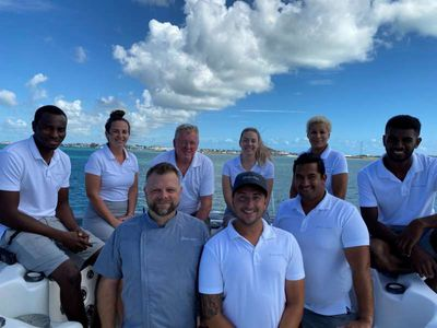 Yacht Charter EXCELLENCE Crew