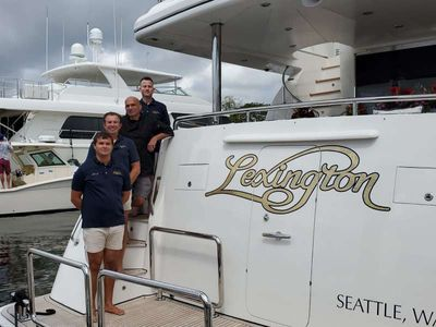 Yacht Charter Lexington Crew