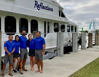 Yacht Charter REFLECTIONS Crew