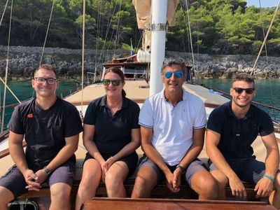 Yacht Charter Angelica Crew