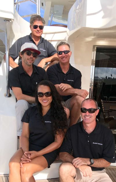 Yacht Charter HAPPY HOUR Crew