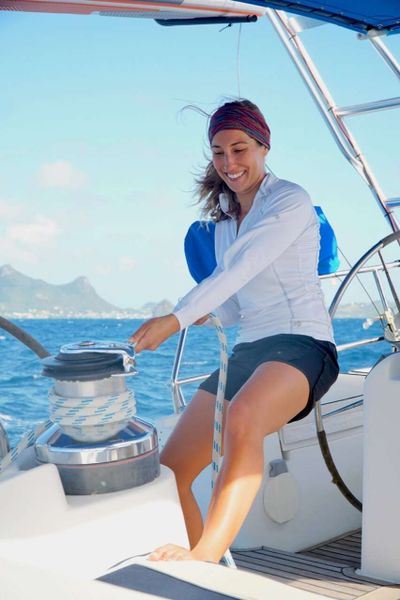 Yacht Charter TRIDENT TIDES Crew