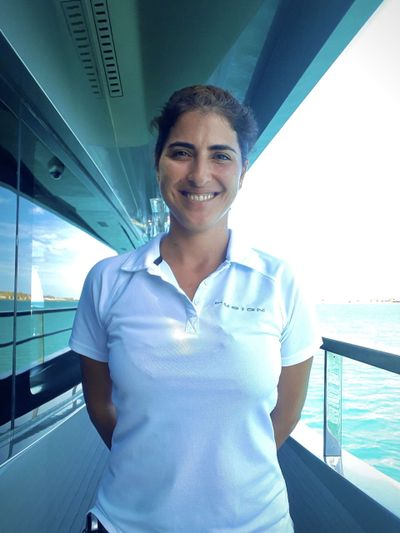 Yacht Charter CHAMPAGNE L52 Crew