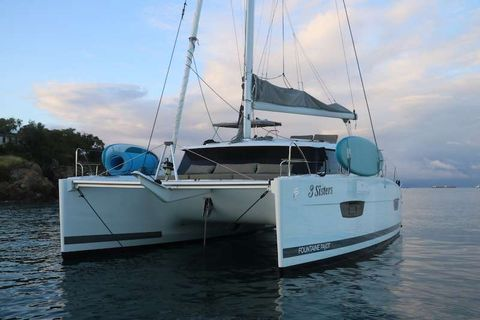 Yacht Charter 3 SISTERS | Ritzy Charters