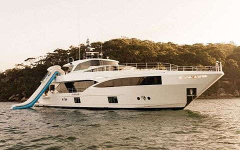 Yacht Charter ONEWORLD | Ritzy Charters