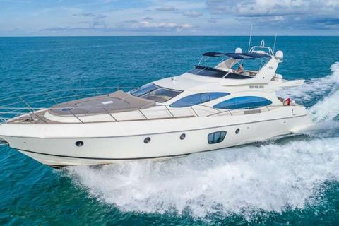 Yacht Charter EVOLUTION | Ritzy Charters