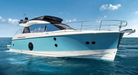 Yacht Charter Blue 50 | Ritzy Charters