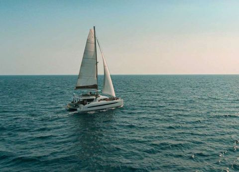 Yacht Charter Crystal Dreams | Ritzy Charters