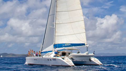 Yacht Charter VISION | Ritzy Charters