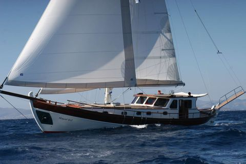 Yacht Charter HAYAL 62 | Ritzy Charters
