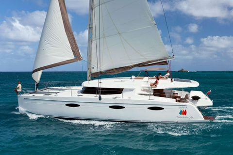 Yacht Charter ALIVE - LUXURY TW59 | Ritzy Charters