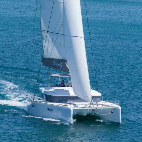 Yacht Charter SERENITY | Ritzy Charters