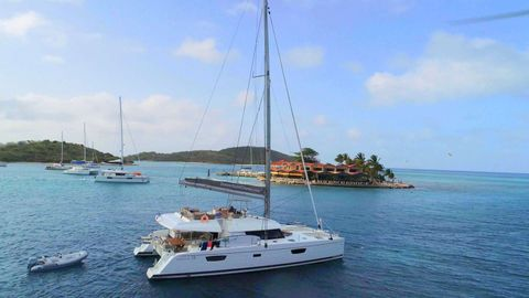 Yacht Charter Dream Mayreau | Ritzy Charters