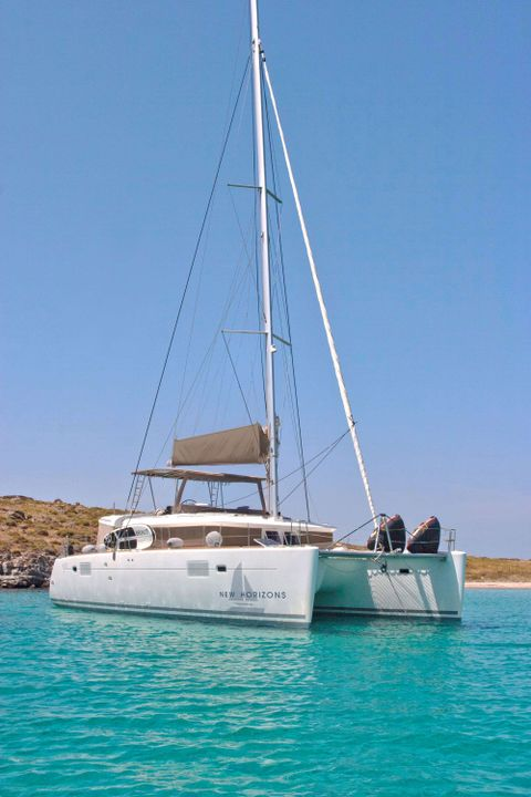 Yacht Charter NEW HORIZONS | Ritzy Charters