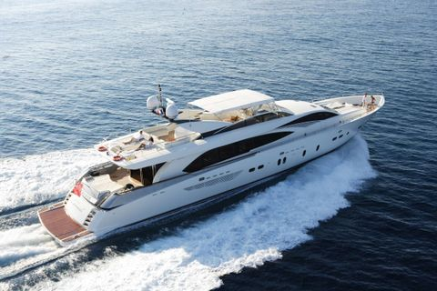 Yacht Charter ECLIPSE 114 | Ritzy Charters
