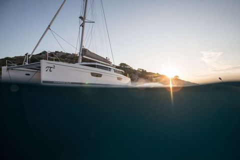 Yacht Charter PI 2 | Ritzy Charters