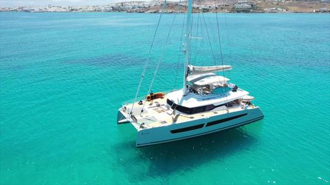 Yacht Charter BLACK CAT | Ritzy Charters
