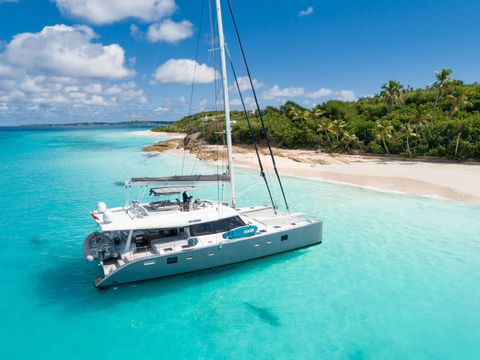 Yacht Charter DOLCEVITACAT | Ritzy Charters