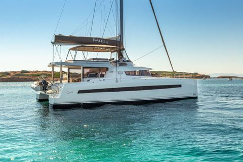 Yacht Charter License to Chill | Ritzy Charters