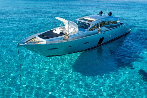 Yacht Charter HALLEY | Ritzy Charters