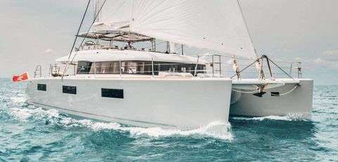 Yacht Charter WINDOO | Ritzy Charters