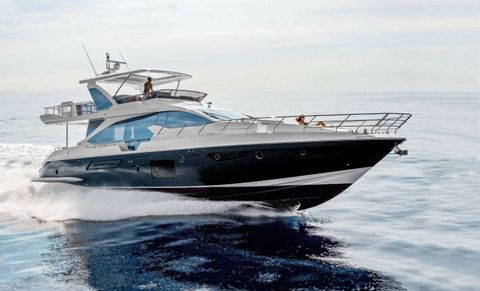 Yacht Charter SOLSTICE | Ritzy Charters