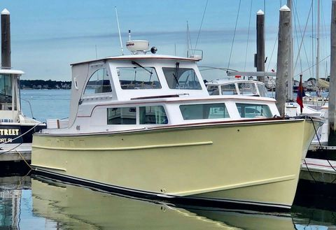 Yacht Charter PEACEFUL | Ritzy Charters