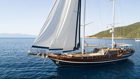 Yacht Charter QUEEN OF DATCA | Ritzy Charters