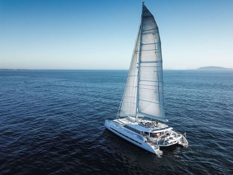 Yacht Charter SKIMMER | Ritzy Charters