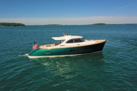 Yacht Charter GUCCI | Ritzy Charters