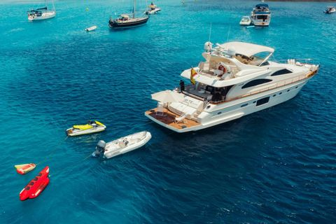 Yacht Charter Mayte 4 | Ritzy Charters