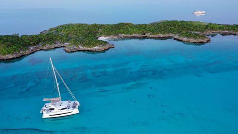 Yacht Charter INTERLUDE | Ritzy Charters