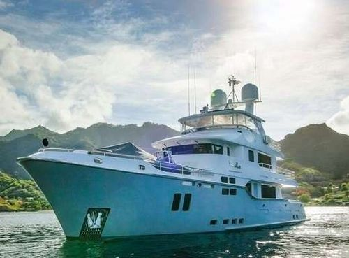 Yacht Charter VIVIERAE II | Ritzy Charters