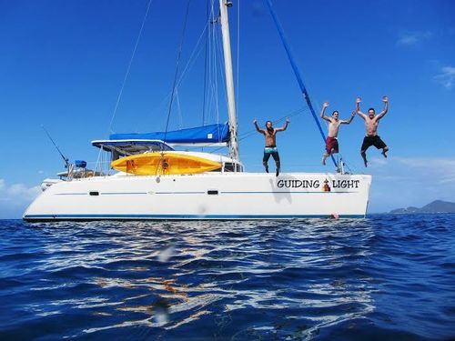 Yacht Charter GUIDING LIGHT | Ritzy Charters