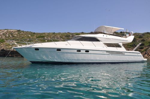 Yacht Charter MARIA VEK | Ritzy Charters