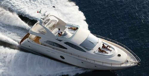 Yacht Charter JULY | Ritzy Charters