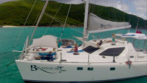 Yacht Charter BRAVEHEART  (58 FT)   Ritzy Charters