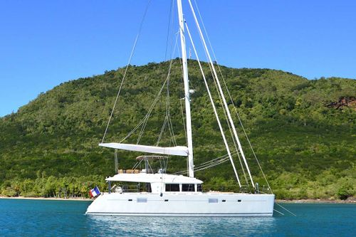 Yacht Charter BACCHUS | Ritzy Charters